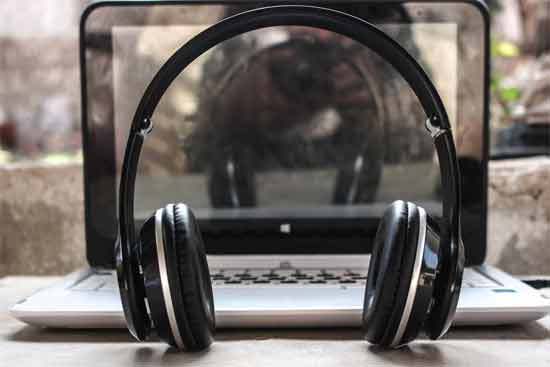Cushions of the headphones