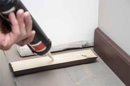 Paint Baseboard